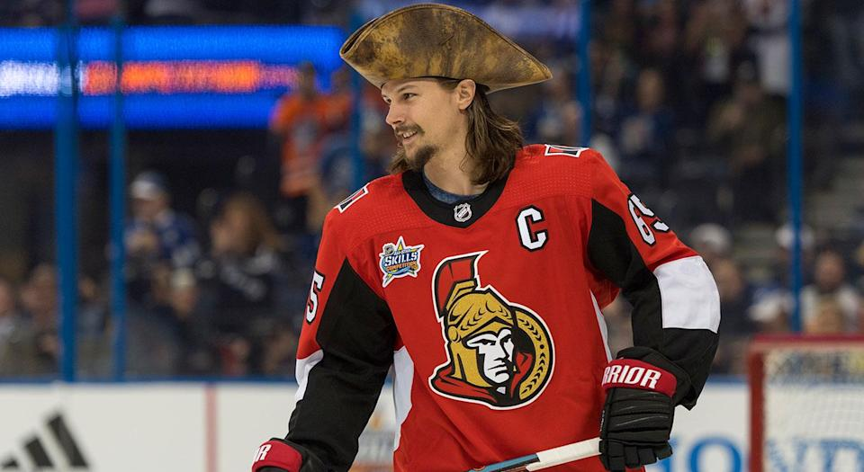 Pierre Dorion, please, set this man free, (Roy K. Miller/Icon Sportswire via Getty Images)