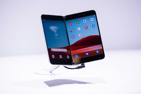 Latest Phones in 2020 - Microsoft Surface Duo
