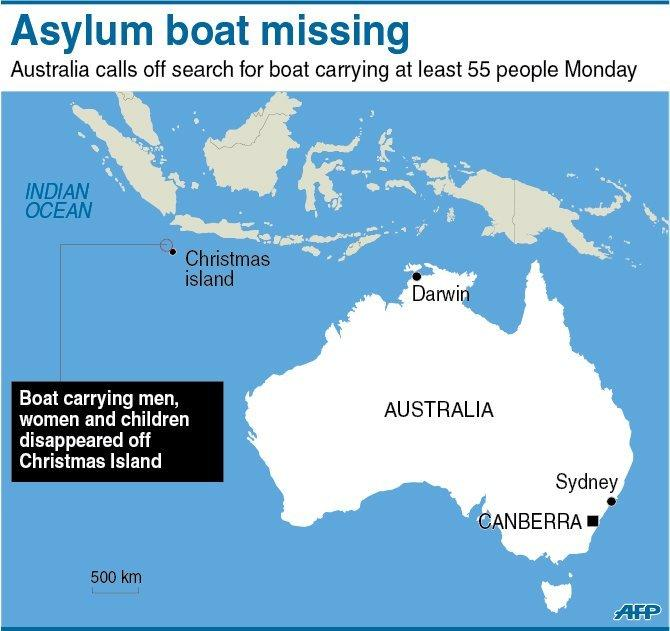 Australia has called off a major air-and-sea search for survivors from a boat carrying at least 55 asylum-seeker