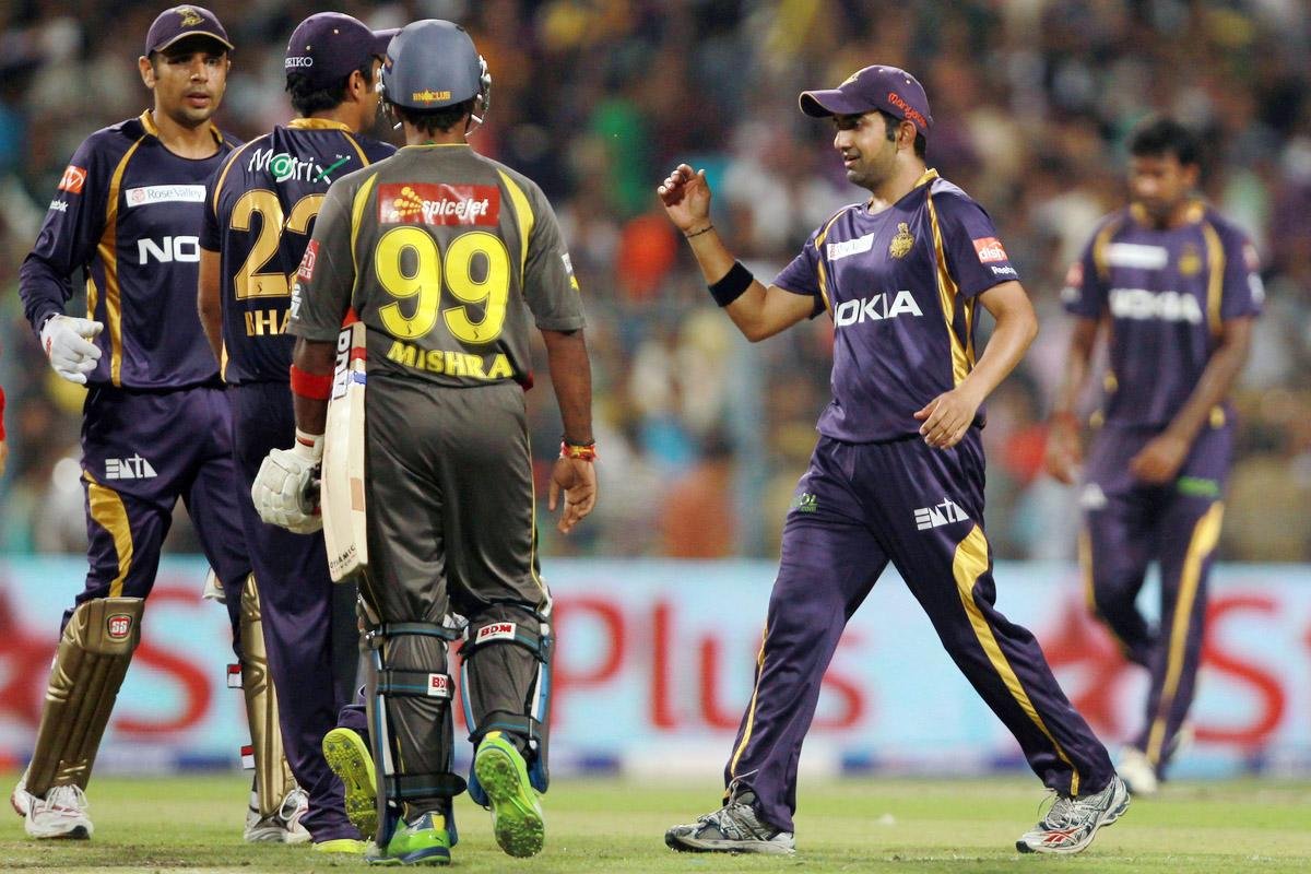 Gautam Gambhir congratulates his opponents on a good game during match 17 of the Pepsi Indian Premier League between The Kolkata Knight Riders and the Sunrisers Hyderabad held at the Eden Gardens Stadium in Kolkata on the 14th April 2013. Photo by Jacques Rossouw-IPL-SPORTZPICS ..Use of this image is subject to the terms and conditions as outlined by the BCCI. These terms can be found by following this link:..https://ec.yimg.com/ec?url=http%3a%2f%2fwww.sportzpics.co.za%2fimage%2fI0000SoRagM2cIEc&t=1498177134&sig=qz_6glv5vKbd1FSEkvwqeA--~C
