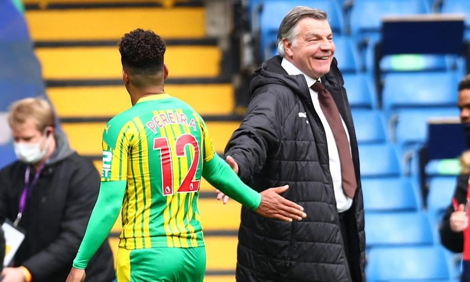 Sam Allardyce offers his hand to Matheus Pereira. Under the former England manager West Brom have picked up 14 points from 12 games: it's not startling, but it is not bottom-three form.