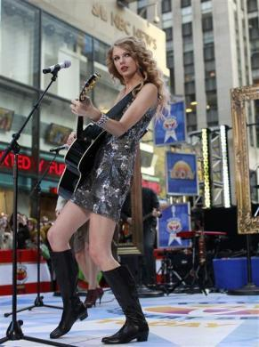 Singer Taylor Swift performs on NBC's 'Today' show in New York, October 26, 2010.