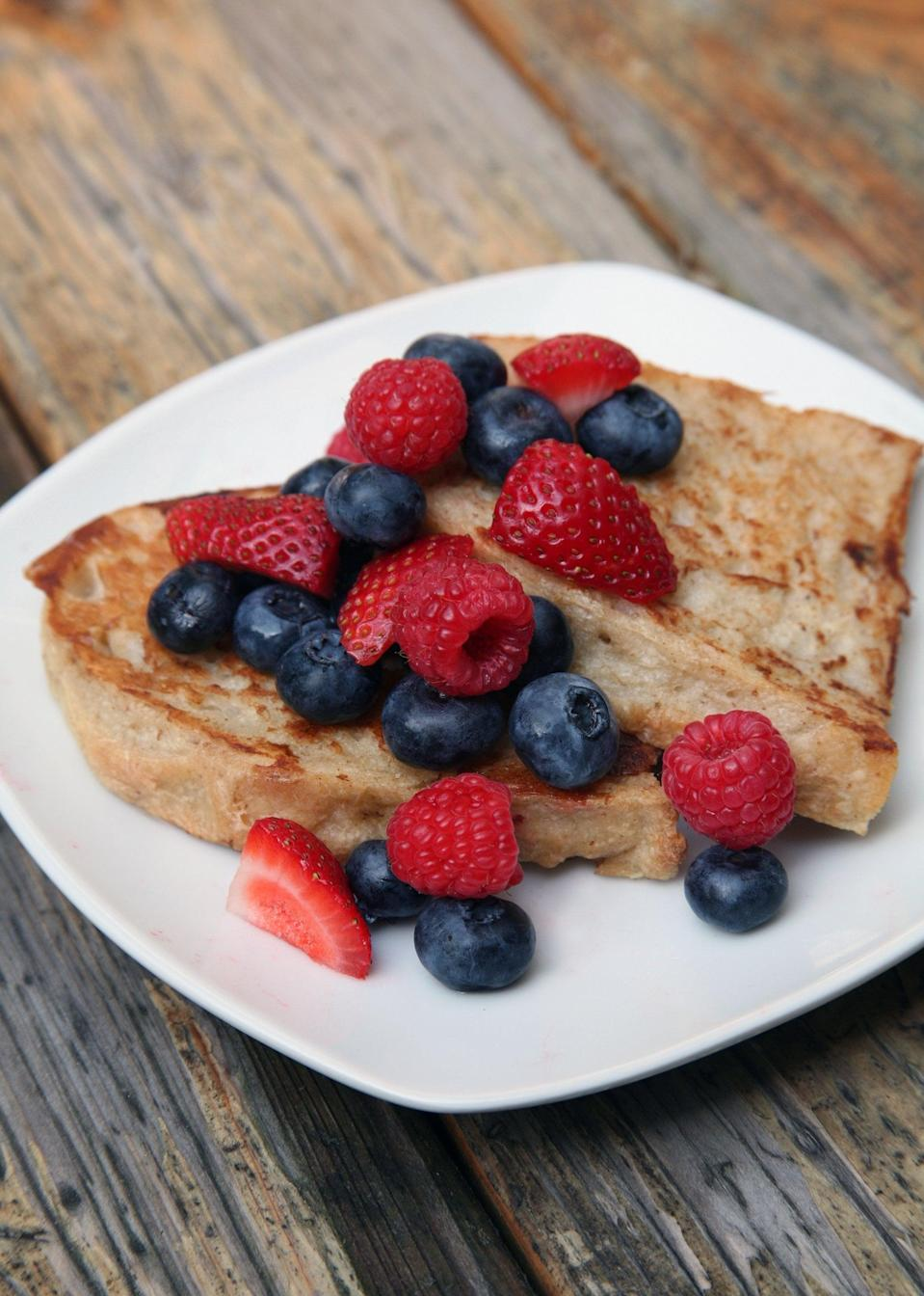 "<p>Soft and chewy, sweet and satisfying, this French toast is everything your brunch-loving taste buds crave, but with fewer calories and fat because it's made without eggs or dairy.</p> <p><strong>Calories:</strong> 330 for 3 slices<br> <strong>Protein:</strong> 13.2 grams</p> <p><strong>Get the recipe:</strong> <a href=""https://www.popsugar.com/fitness/Vegan-French-Toast-35403172/"" class=""link rapid-noclick-resp"" rel=""nofollow noopener"" target=""_blank"" data-ylk=""slk:vegan French toast"">vegan French toast</a></p>"
