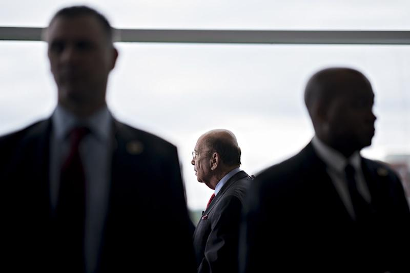 Commerce Secretary Ross to Sell All Stocks After Ethics Office Warning