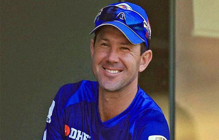 Ponting feels Dhoni still has plenty to offer to Indian cricket