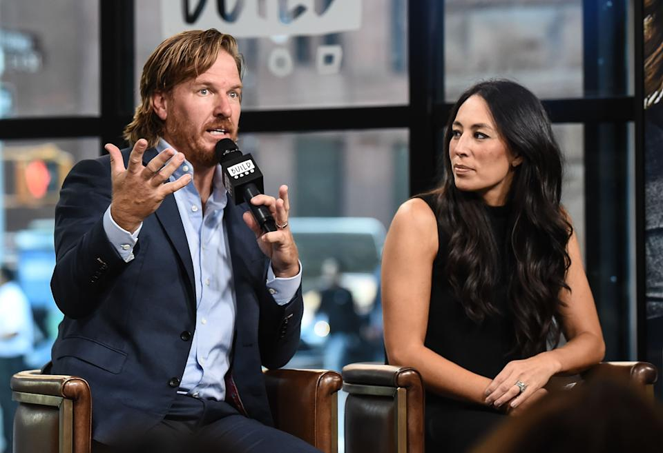 NEW YORK, NY - OCTOBER 18:  Chip Gaines and Joanna Gaines attend the Build Series to discuss the new book