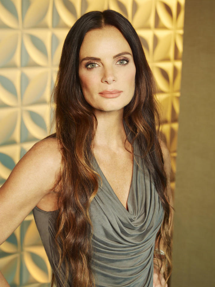 "Gabrielle Anwar as Fiona Glenanne in ""Burn Notice"" Season 7."