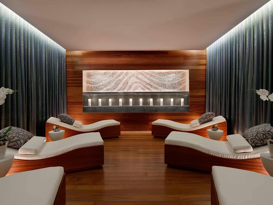 <p><strong>How did it strike you on arrival?</strong><br> If you want to feel like you're checking into a destination spa, Vdara may be the hotel that comes closest in Las Vegas. The lobby has soaring ceilings and lots of natural light, and the whole hotel—although it's a glass high rise in ultra modern CityCenter—is built to maximize natural light and bring in natural materials. It's the only completely non-smoking AND non-gaming hotel in Las Vegas, so it feels and smells super-clean.</p> <p><strong>What's the crowd like?</strong><br> The travelers who stay here are looking to go to a casino on their own terms, rather than having to pass through a casino floor on the way to their rooms. These are the ones who bring their yoga mats on vacation with them, or are here strictly to do business and not have to bother with the chaos of most other hotels.</p> <p><strong>The good stuff: Tell us about your room.</strong><br> Every room is a suite in Vdara, although there are a half-dozen suite categories. I've been in the City Corner Suite (a tough get!), which is just under 800 square feet and feels modern in black and white, with floor-to-ceiling windows and views of the Strip or the mountains. (If you want a fountain view of Bellagio, you can call in advance and ask if it's possible to put you in one of the high floors, which have partial views of the waterworks.) One nice feature is that the rooms were designed to feel residential, so all of them have features like refrigerators (that you can put your own things in), dining tables and electric cooktops. The corner suite (which is the middle category) and up have full kitchens and a Keurig coffee machine. So if you were going to be staying in Las Vegas for a while, Vdara would be a comfortable place to dig in.</p> <p><strong>We're craving some deep, restorative sleep. They got us?</strong><br> The beds are nice and firm, with individual reading lights. The bedrooms are separate from the living areas—and have good views—so
