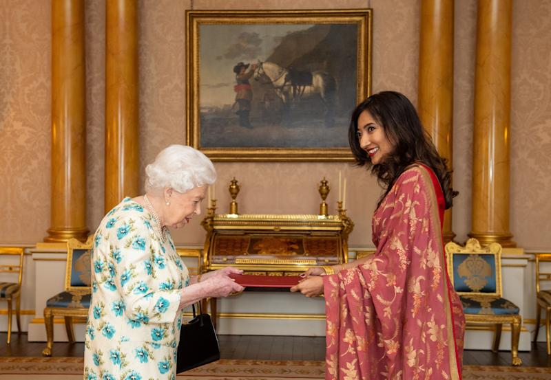 Britain's Queen Elizabeth II meets High Commissioner of Sri Lanka Saroja Sirisena during an audience at Buckingham Palace, London on March 10, 2020. (Photo by Dominic Lipinski / POOL / AFP) (Photo by DOMINIC LIPINSKI/POOL/AFP via Getty Images)