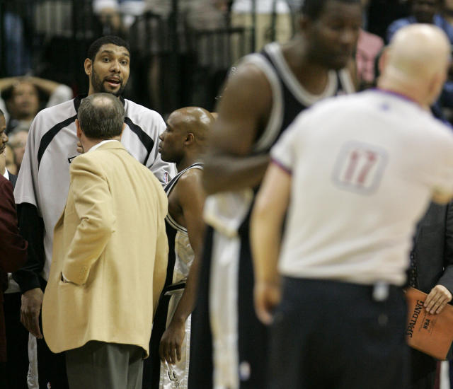 Tim Duncan looks toward the court after being ejected by referee Joey Crawford as he sat on the bench during the second half of a Spurs-Mavericks game on April 15, 2007. (AP)
