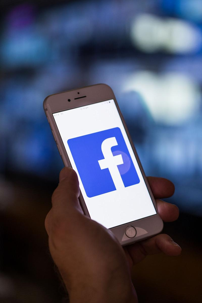 Facebook Sued Over Warning Labels on Anti-Vaccine Posts