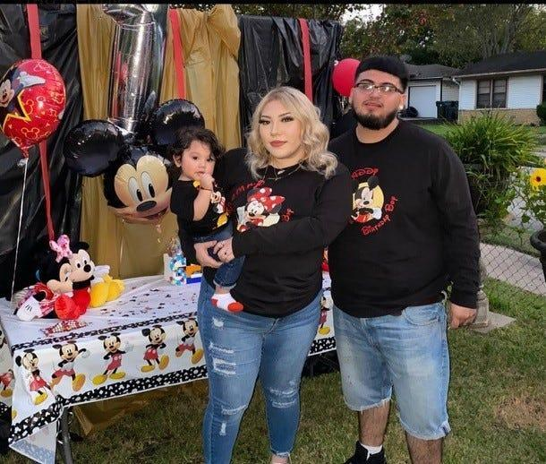 Edelmira Rivera, 22, was relaxing with her husband and son when a fire broke out in their home in Waco, Texas. She says she didn't smell anything burning.