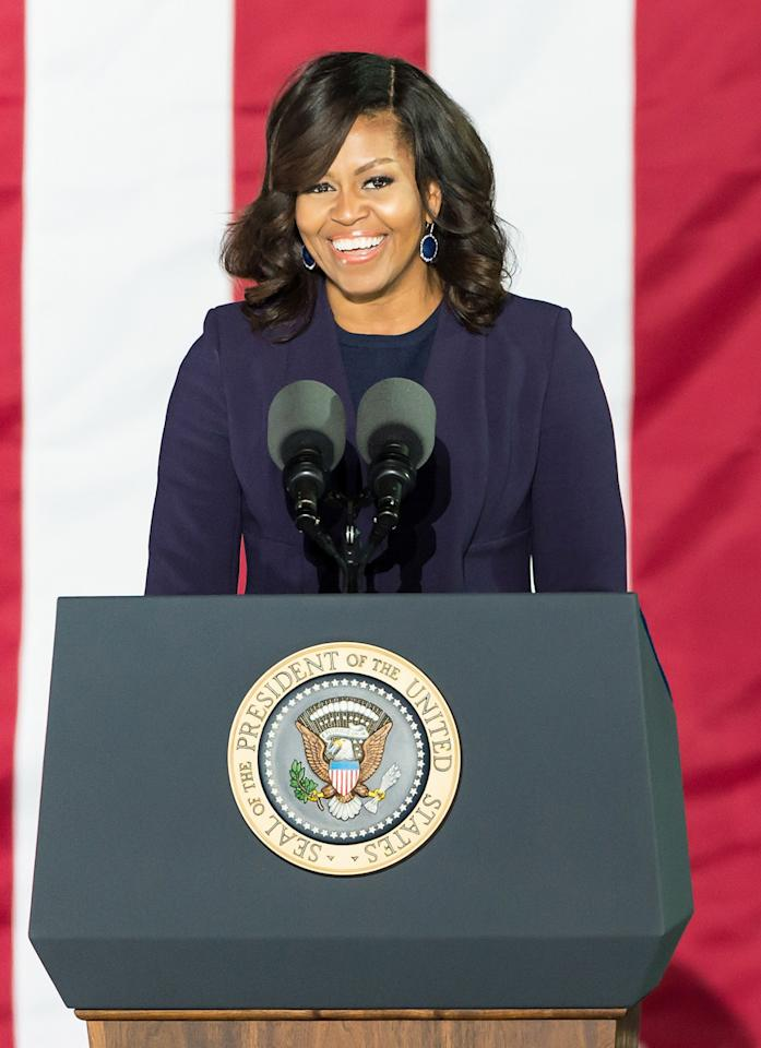 Michelle Obama Shows Off Her Shoulders in Gorgeous Gucci Gown
