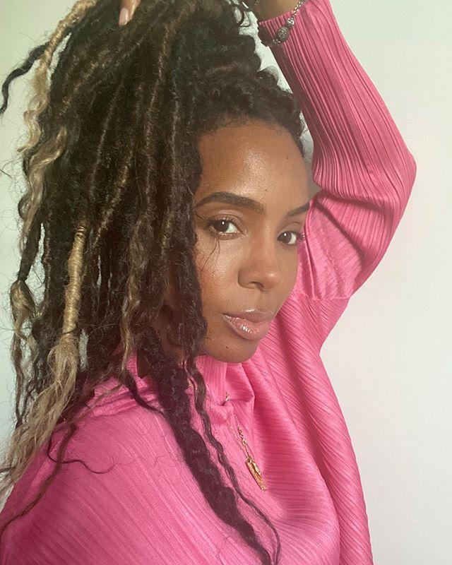 """<p>Faux locs have become popular over the years and they're a great alternative to braids or twists.<br></p><p><a href=""""https://www.instagram.com/p/CAeTohnlWnK/?utm_source=ig_embed&utm_campaign=loading"""" rel=""""nofollow noopener"""" target=""""_blank"""" data-ylk=""""slk:See the original post on Instagram"""" class=""""link rapid-noclick-resp"""">See the original post on Instagram</a></p>"""