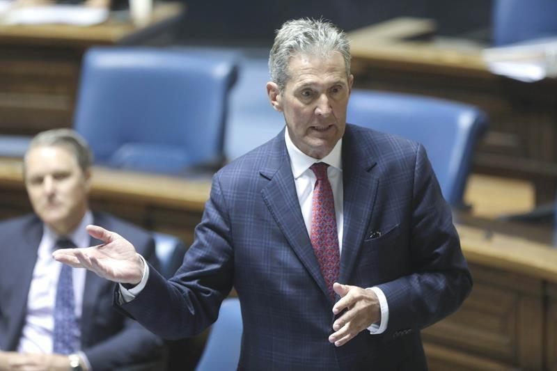 Manitoba reports budget surplus for last year, but predicts COVID deficit this year