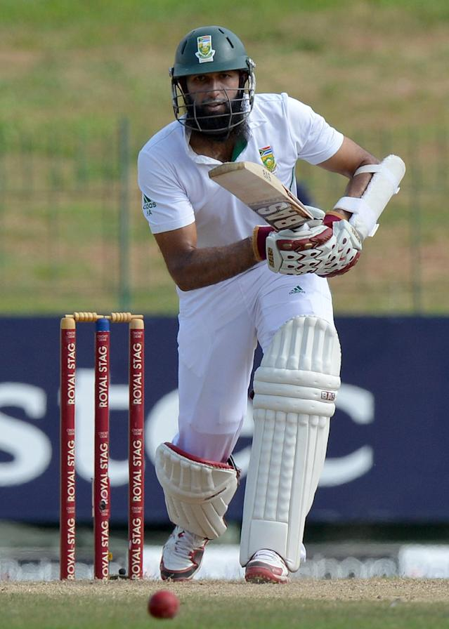 South Africa's Hashim Amla plays a shot during the second day of the second Test against South Africa at the Sinhalese Sports Club Ground in Colombo, on July 25, 2014 (AFP Photo/Ishara S. Kodikara)