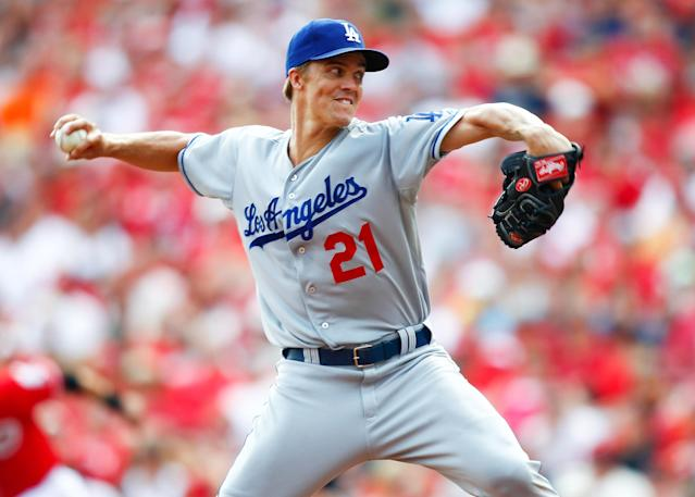 CINCINNATI, OH - SEPTEMBER 07: Zack Greinke #21 of the Los Angeles Dodgers pitches in the fifth inning against the Cincinnati Reds at Great American Ball Park on September 7, 2013 in Cincinnati, Ohio. Cincinnati defeated Los Angeles 4-3. (Photo by Michael Hickey/Getty Images)