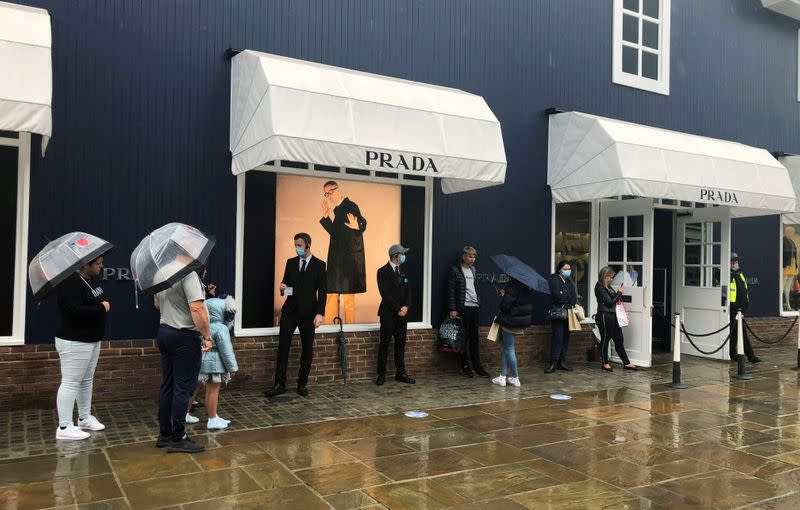 Italy's Prada sales in Asia up double-digit, trend will continue: CEO