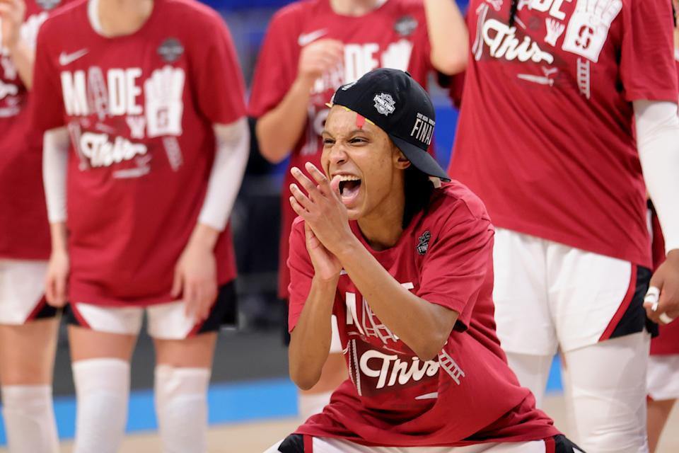Kiana Williams celebrates.