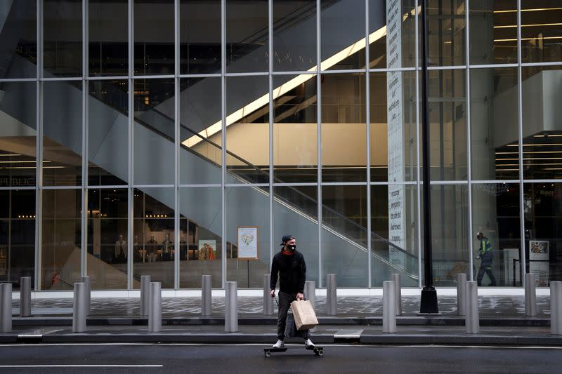 Fed eases terms of Main Street loans, says registration will begin soon