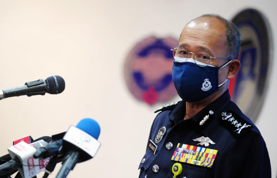 Selangor police chief Datuk Arjunaidi Mohamed denied allegations that the midnight questioning was an infringement of the doctors' rights and an act of intimidation or harassment for participating in the #HartalDoktorKontrak strike last Monday. — Bernama pic