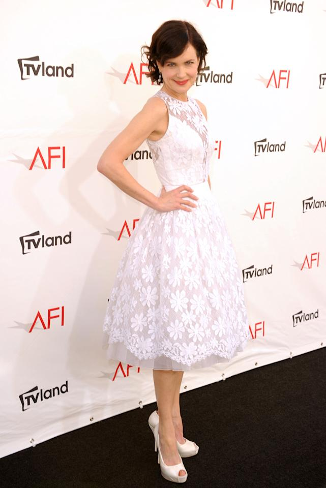 Elizabeth McGovern arrives at AFI's 40th Annual Life Achievement Award held at Sony Pictures Studios on June 7, 2012 in Culver City, California.