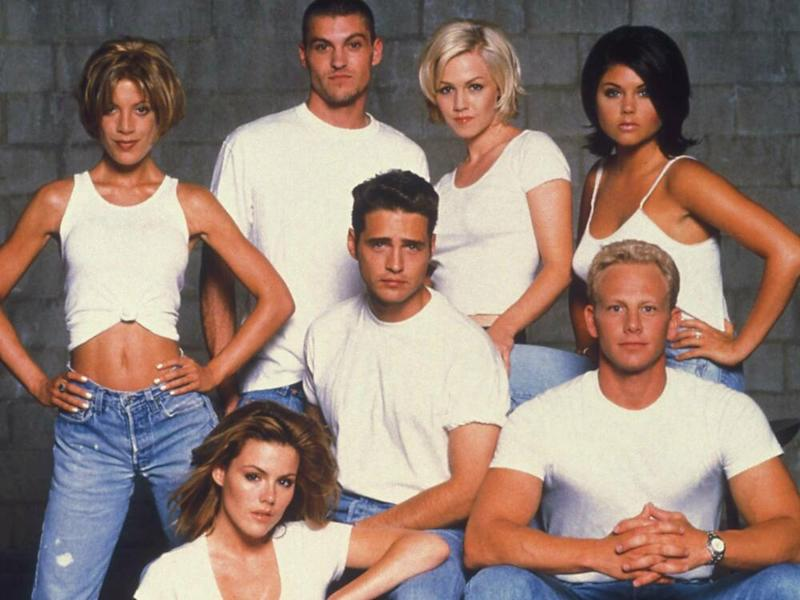 "Die Stars von ""Beverly Hills, 90210"" (Bild: imago/Cinema Publishers Collection)"