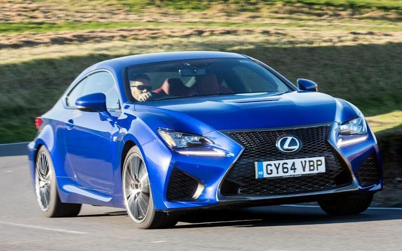 Lexus RC F r=driving around a corner