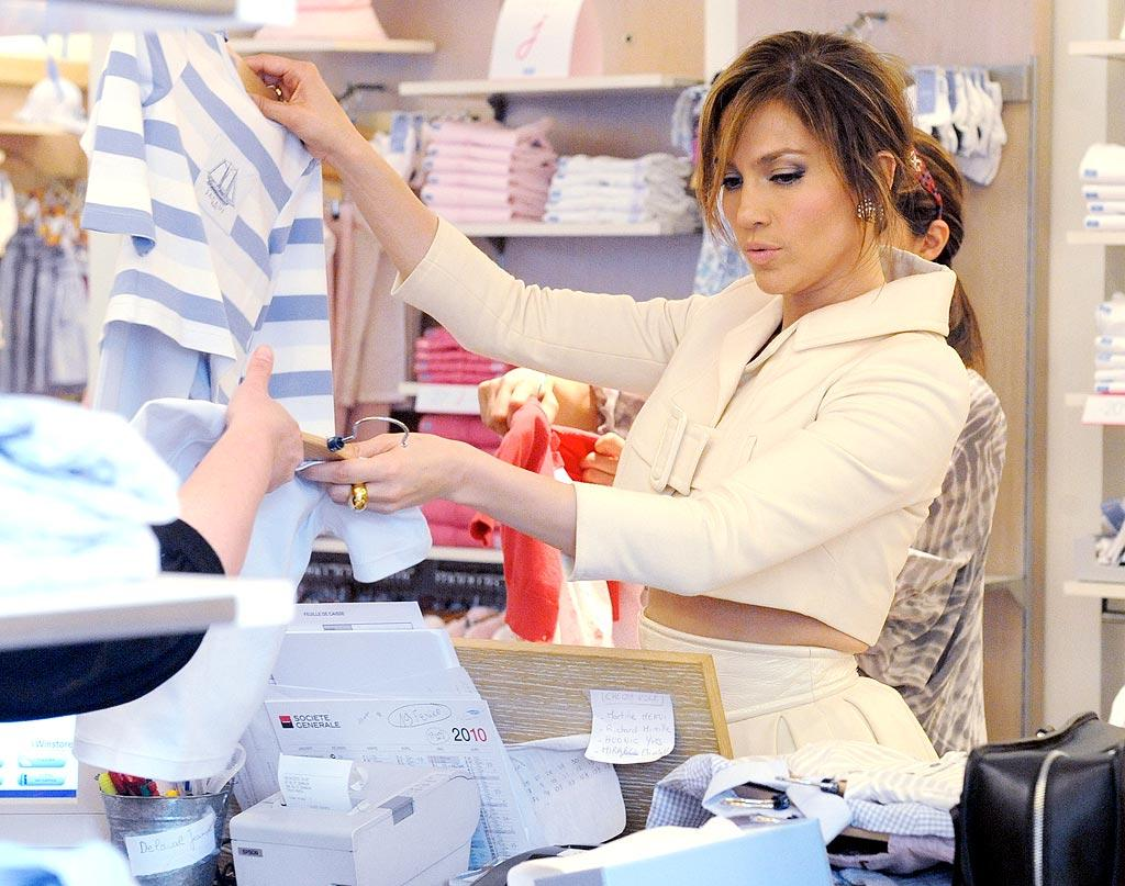 """""""The Back-up Plan's"""" Jennifer Lopez picked out some sweet clothes for her little cuties, twins Max and Emme, while browsing the shops in Paris with her sister, Linda. A/<a href=""""http://www.x17online.com"""" target=""""new"""">X17 Online</a> - April 25, 2010"""
