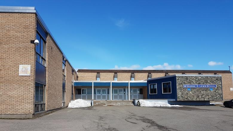 Residents say board should resign over closure of Louisbourg's only school