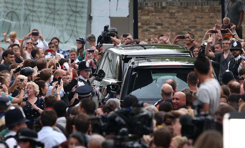 Press and well wishers outside the Lindo Wing in 2013 (getty images)