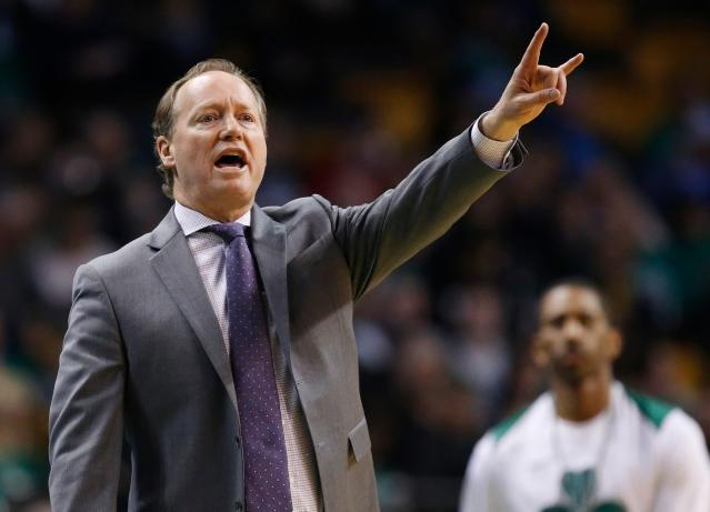"<a class=""link rapid-noclick-resp"" href=""/nba/teams/atl"" data-ylk=""slk:Atlanta Hawks"">Atlanta Hawks</a> head coach Mike Budenholzer will reportedly meet with the <a class=""link rapid-noclick-resp"" href=""/nba/teams/pho"" data-ylk=""slk:Phoenix Suns"">Phoenix Suns</a> next week about becoming their next head coach. (AP Photo/Michael Dwyer)"