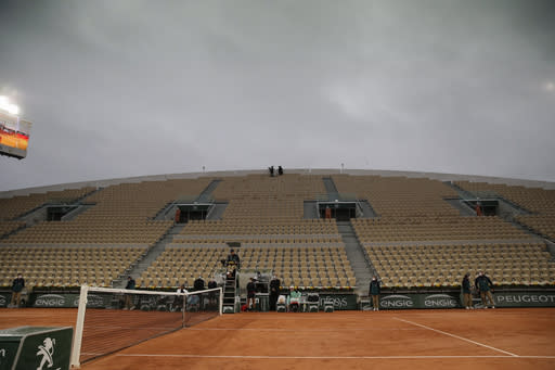 French Open Glance: Nadal, Serena Williams in Day 2 action