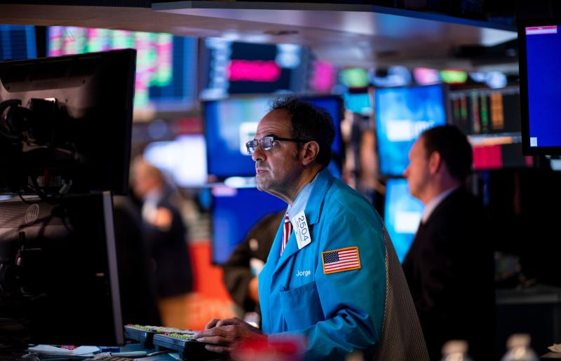 Traders work before the closing bell at the New York Stock Exchange (NYSE) on September 20, 2019 in New York City. (Photo by Johannes EISELE / AFP) (Photo credit should read JOHANNES EISELE/AFP/Getty Images)