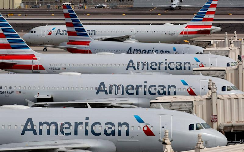US airlines start to lay off 32,000 staff