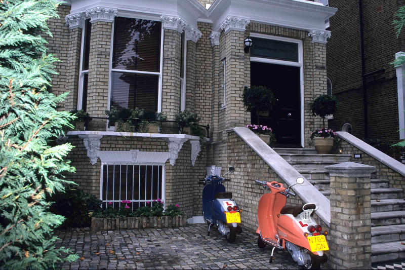 Noel Gallagher's Primrose Hill house Supernova Heights in 1997 (Photo by Fred Duval/FilmMagic)