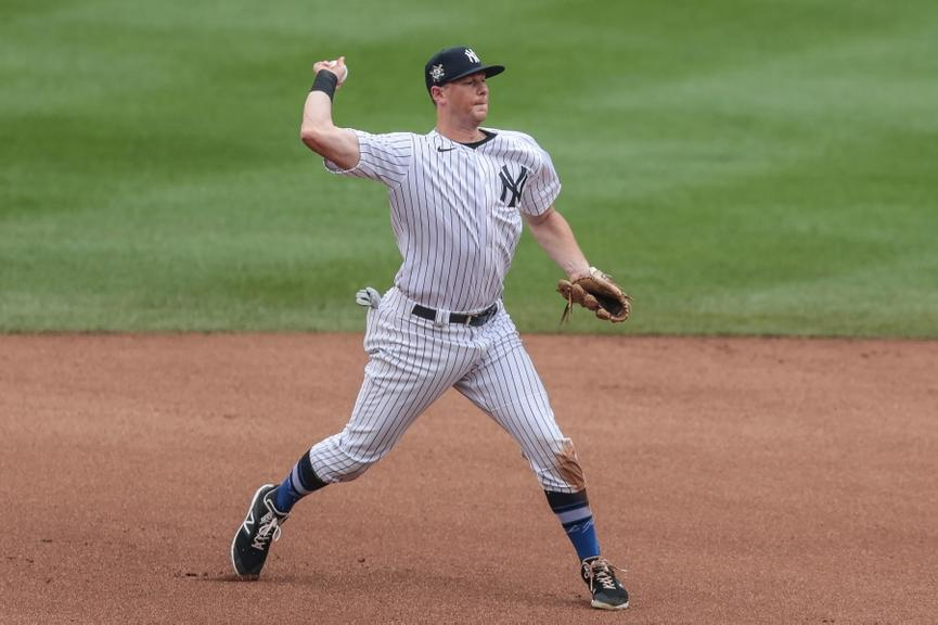 D.J. LeMahieu making throw from third base vs. Mets