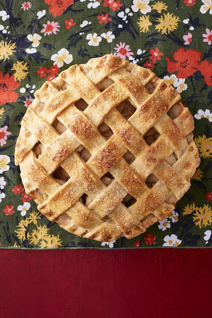 """<p>Making this award-winning lattice crust is even easier than it looks. But you don't have to tell anyone that!</p><p> <strong><a href=""""https://www.thepioneerwoman.com/food-cooking/recipes/a33918083/apple-pear-lattice-pie-recipe/"""" rel=""""nofollow noopener"""" target=""""_blank"""" data-ylk=""""slk:Get the recipe."""" class=""""link rapid-noclick-resp"""">Get the recipe.</a></strong></p>"""