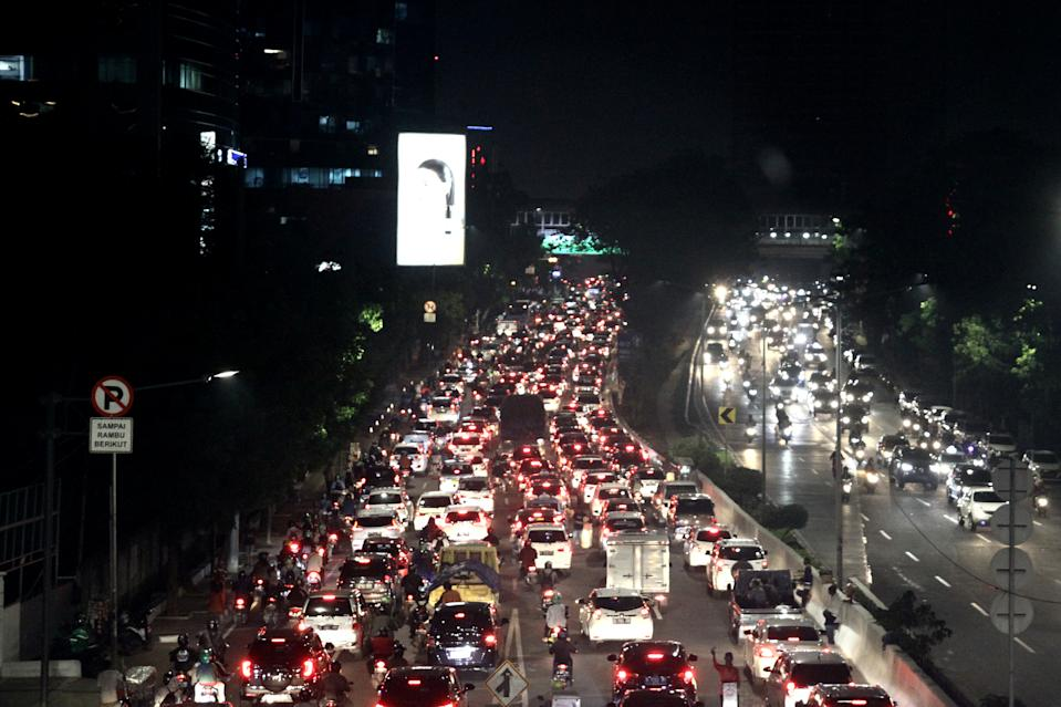 Commuters in Jakarta spend <strong>53% extra travel time</strong> stuck in traffic.
