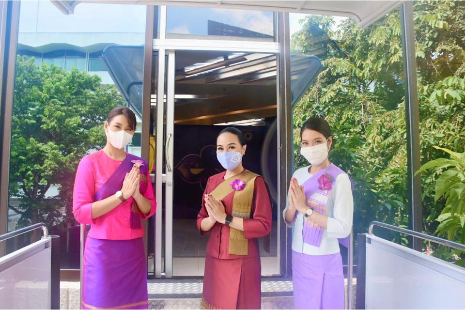 Thai Airways launched a flight-themed cafe with plane seats and in-flight meals to help boost revenue while it goes through a business restructuring. (Photo courtesy of Thai Airways)