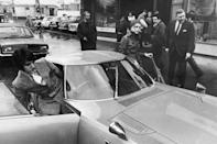 <p>British fashion model Twiggy gets out of her car in 1968.</p>