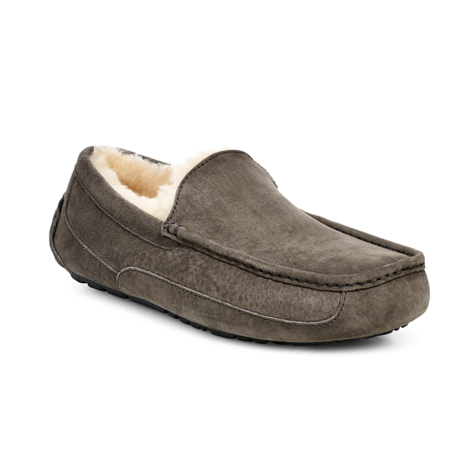 """<p><strong>UGG\u003CSUP\u003E\u003C\u002FSUP\u003E</strong></p><p>nordstrom.com</p><p><strong>$82.46</strong></p><p><a href=""""https://go.redirectingat.com?id=74968X1596630&url=https%3A%2F%2Fwww.nordstrom.com%2Fs%2Fugg-ascot-slipper-men%2F4922169&sref=https%3A%2F%2Fwww.menshealth.com%2Ftechnology-gear%2Fg34408578%2Fbest-anniversary-gifts%2F"""" rel=""""nofollow noopener"""" target=""""_blank"""" data-ylk=""""slk:Shop Now"""" class=""""link rapid-noclick-resp"""">Shop Now</a></p><p>If you're spending more time at home, consider getting your guy some quality slippers. This super cozy and comfortable pair from UGG is anything but basic.</p>"""