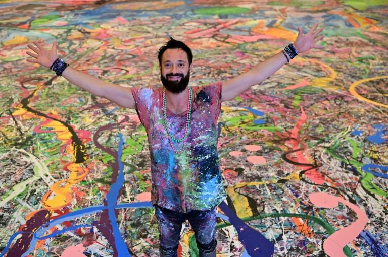 UK artist aims to unite with 'humanity-inspired' work
