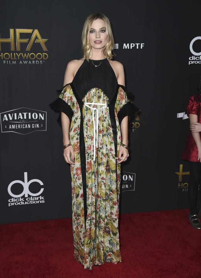 <p>Dark florals are all the rage this season so it only makes sense that the actress, who works with Kate Young, one of the most sought-after Hollywood stylists, would wear them. (Photo: Getty Images) </p>