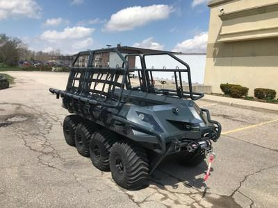 Briggs & Stratton collaborated with ARGO® XTV, a manufacturer of extreme terrain vehicles, to apply the first Vanguard Battery solution.