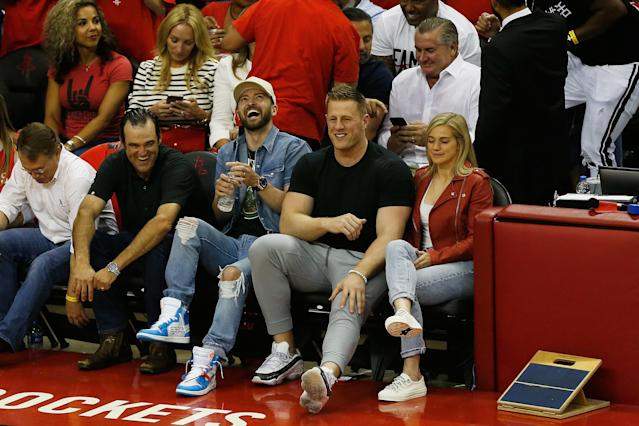 "Justin Timberlake and <a class=""link rapid-noclick-resp"" href=""/nfl/players/24798/"" data-ylk=""slk:J.J. Watt"">J.J. Watt</a> sat courtside together to watch the <a class=""link rapid-noclick-resp"" href=""/nba/teams/hou"" data-ylk=""slk:Houston Rockets"">Houston Rockets</a> host the <a class=""link rapid-noclick-resp"" href=""/nba/teams/gsw"" data-ylk=""slk:Golden State Warriors"">Golden State Warriors</a> in Game 5 of the Eastern Conference Finals. (Getty Images)"
