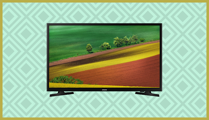 Get this Samsung 32-inch HD Smart LED TV (UN32M4500BFXZA) for just $148. (Photo: Samsung)
