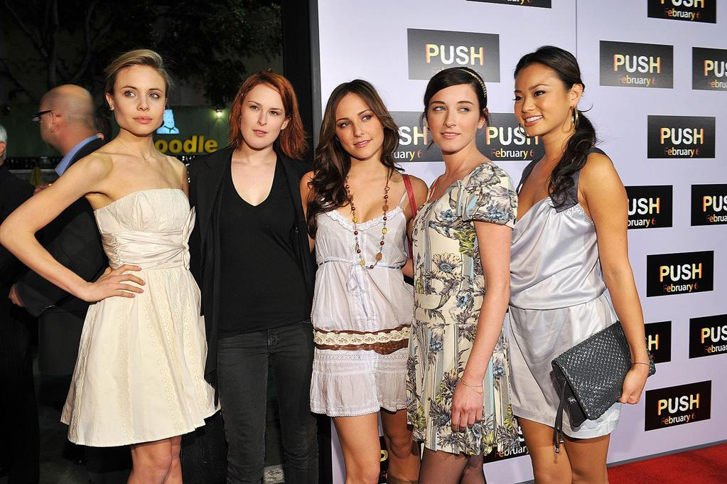 """<a href=""""http://movies.yahoo.com/movie/contributor/1809667922"""">Leah Pipes</a>, <a href=""""http://movies.yahoo.com/movie/contributor/1800260809"""">Rumer Willis</a>, <a href=""""http://movies.yahoo.com/movie/contributor/1800270917"""">Briana Evigan</a>, <a href=""""http://movies.yahoo.com/movie/contributor/1807751224"""">Margo Harshman</a> and <a href=""""http://movies.yahoo.com/movie/contributor/1809766996"""">Jamie Chung</a> at the Los Angeles premiere of <a href=""""http://movies.yahoo.com/movie/1809922967/info"""">Push</a> - 01/29/2009"""