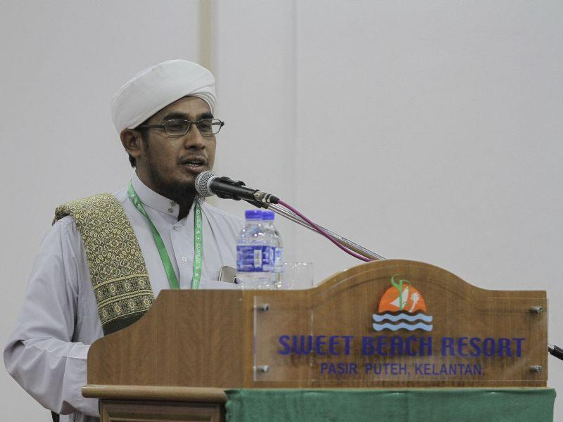 Ulama delegate wants PAS to ditch PKR after insult