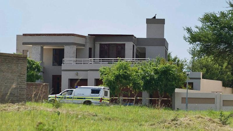 Oscar Pistorius Sells House Where He Killed Girlfriend